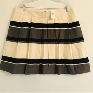 NWT Loft a-line skirt cream black gray Size 16